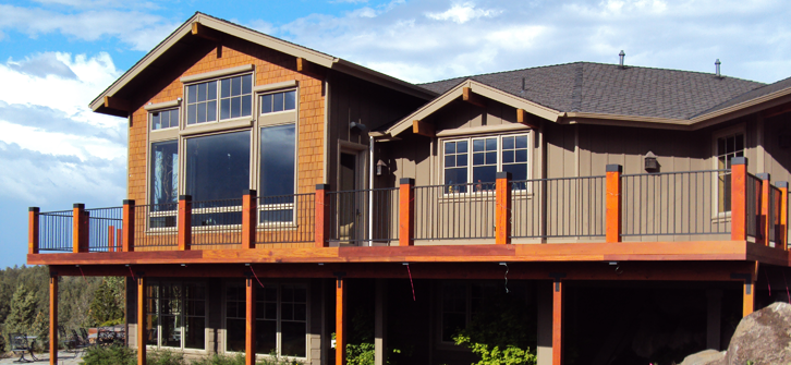 New Deck and Addition Overlooking Dechutes River - Landon Construction